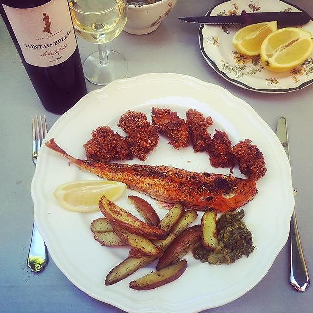 #fishandchips #provence #baked #grondin #redgurnard and #monkfishliver #foiedelotte with #louisbaptiste #whitewine from #chateau_fontainebleau_du_var #southoffrance #var #fridayfishfry #fridayfish